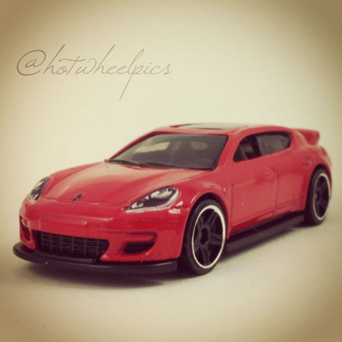 #040   Porsche Panamera   2014 Hot Wheels   HW City   Speed Team