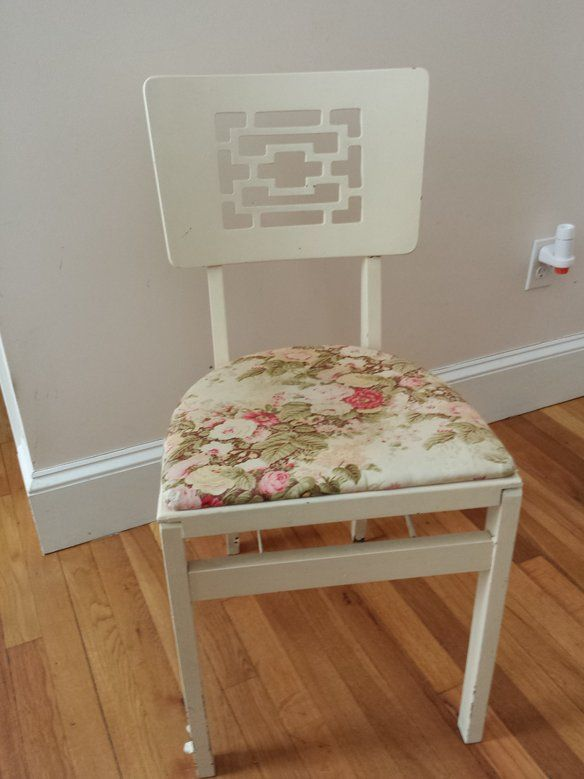 Vintage Stakmore Folding Chairs