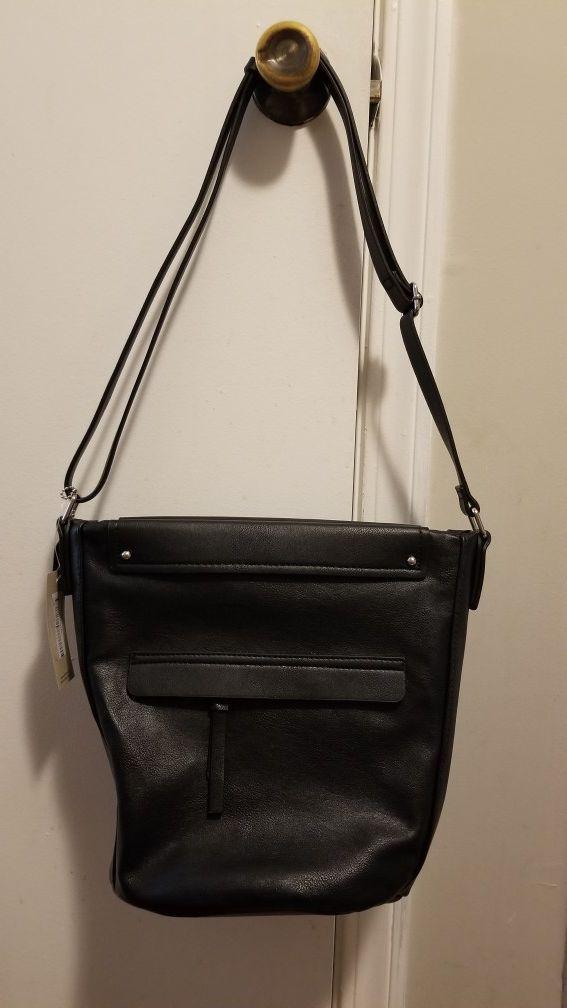 préstamo práctica Árbol  Clarks leather bag for Sale in Shelby, NC | Bag sale, Bags, Leather bag
