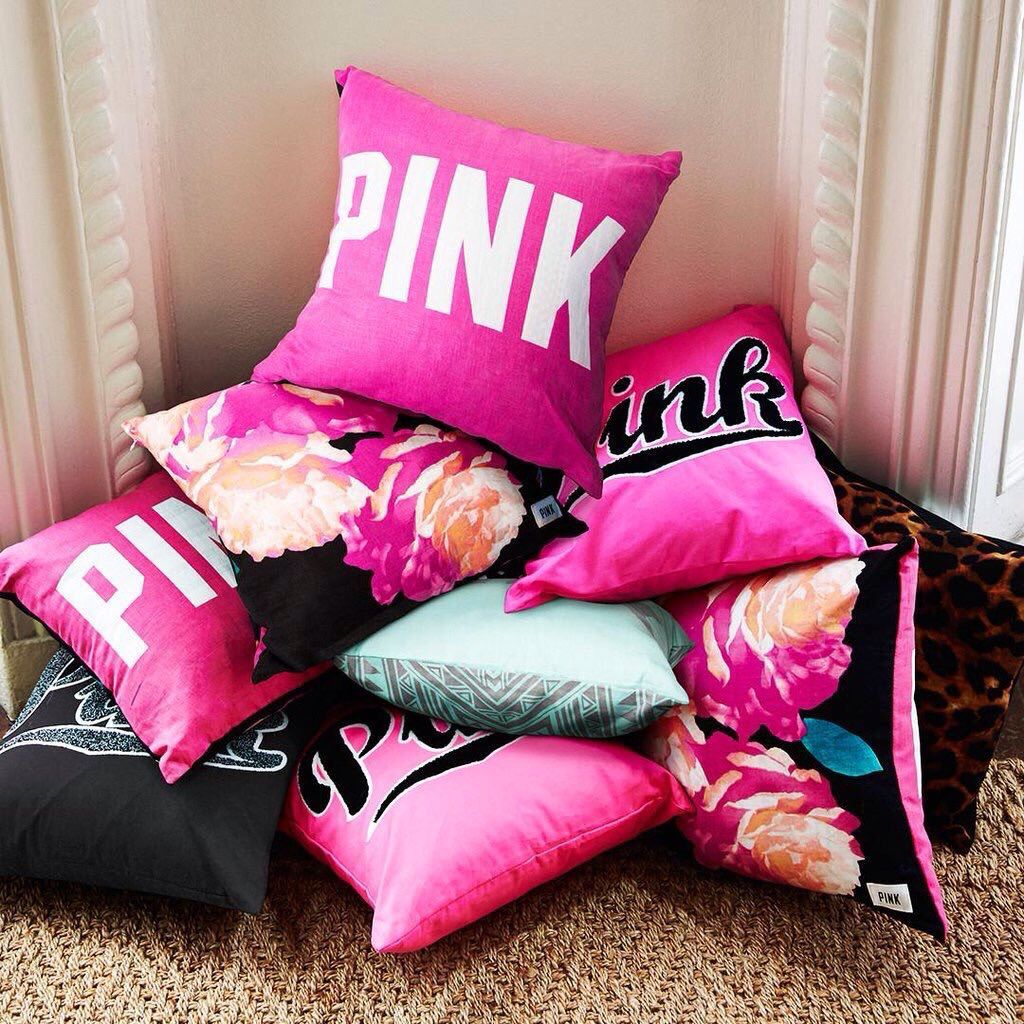 Easy and cheap useful tips decorative pillows living room texture