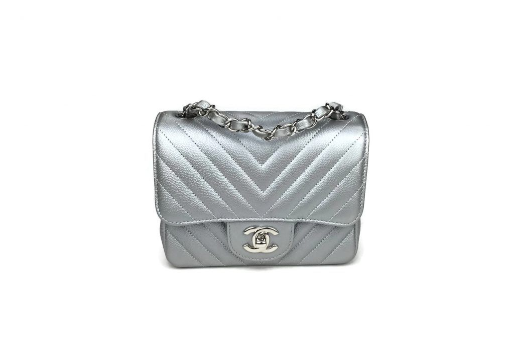 Chanel Chenron Mini Flap Bag In Silver With Images Chanel Boutique Bags Chanel Caviar Mini