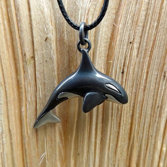 "Orca Killer whale black /& white Miniature Figurine Glass approx 1/"" long"