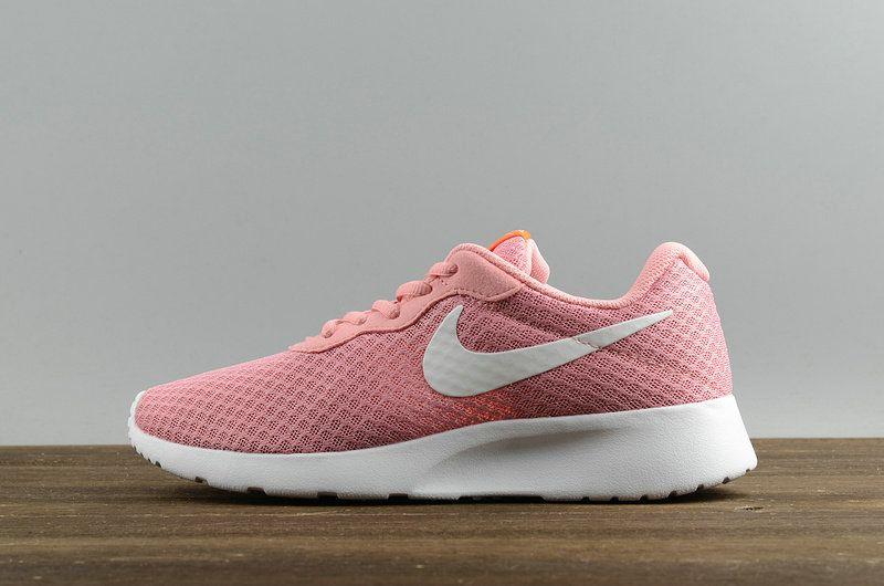 NOUVEAU Women Nike Roshe Run Tanjun Pink White blanc 812655-600 Youth Big  Boys Shoes e2763ee56