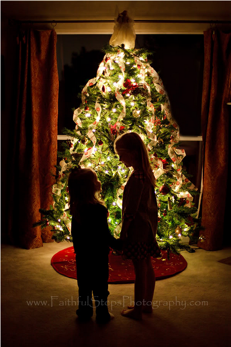 Creative ideas for your upcoming holiday photos.