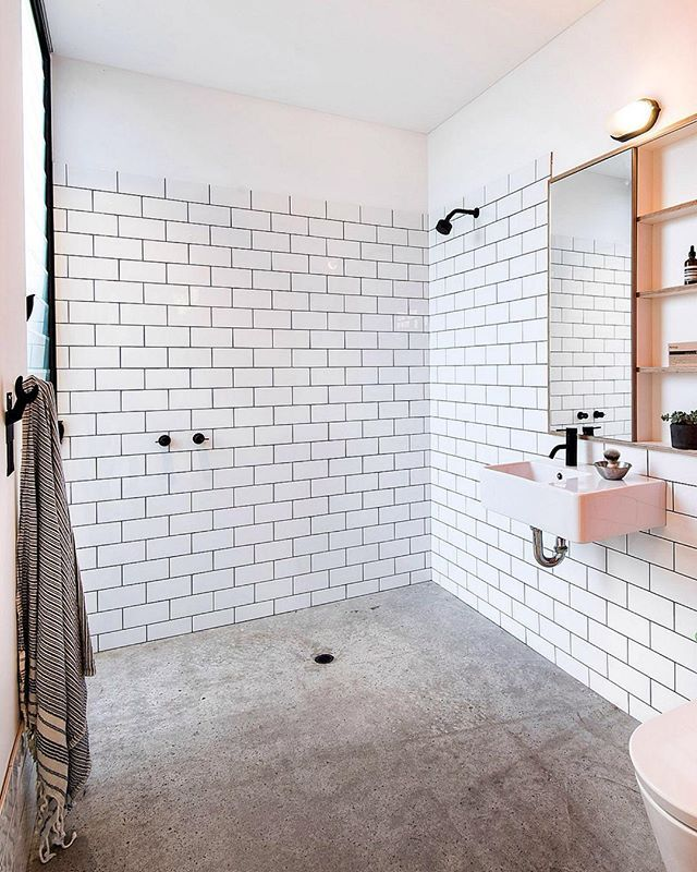 WET ROOM!!!! ;) @davidweirarch @kimpearsoninteriordesigner @mobilia_. Photo by… #wetrooms