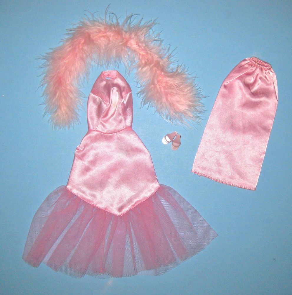Fancy RARE Japanese Exclusive Pink Formal Variation in Dolls u Bears Dolls Barbie Vintage