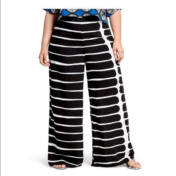 Marimekko Palazzo Pant I ordered a couple of these because I wasn't sure of my size, I have a 2x and a 3x. I am returning them to Target on Monday - you have until then to order. I am not making money off this, just trying to give fans a chance to get them Marimekko Pants