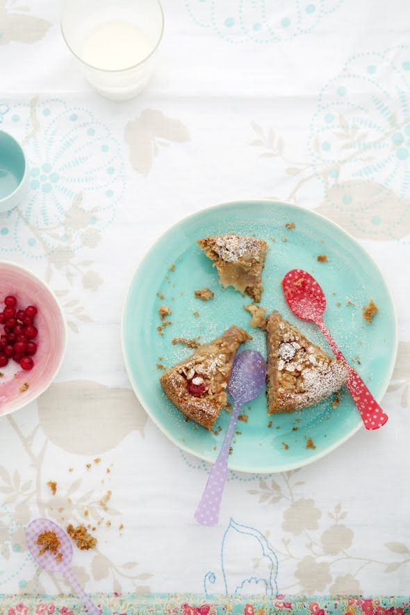 apple & strawberry crumb cake ++ cannelle et vanille