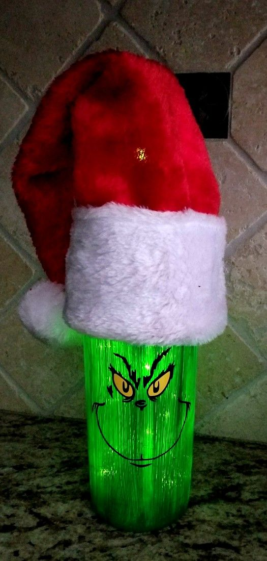 Christmas Wine Bottles Are so Fun and Easy to Make! - Leap of Faith Crafting