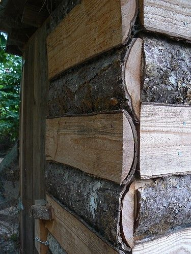 A gorgeous idea for building a shed or chicken coop. Free wastage from lumber mills!