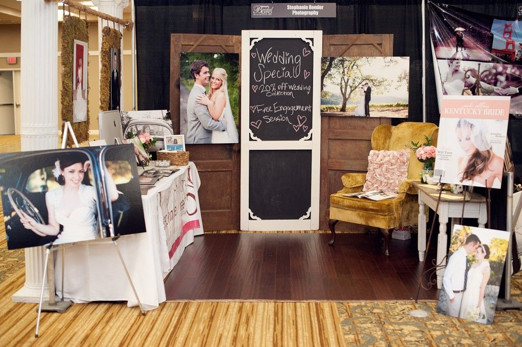 One day if i ever end up at a wedding show this is my kinda booth easels at the opening of the booth hang bar between two pillars find this pin and more on wedding booth ideas solutioingenieria Images
