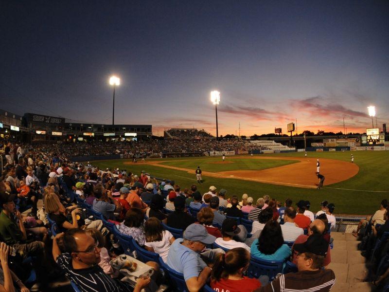 WilmingtonBlueRocks night game! Glorious! http//bit.ly