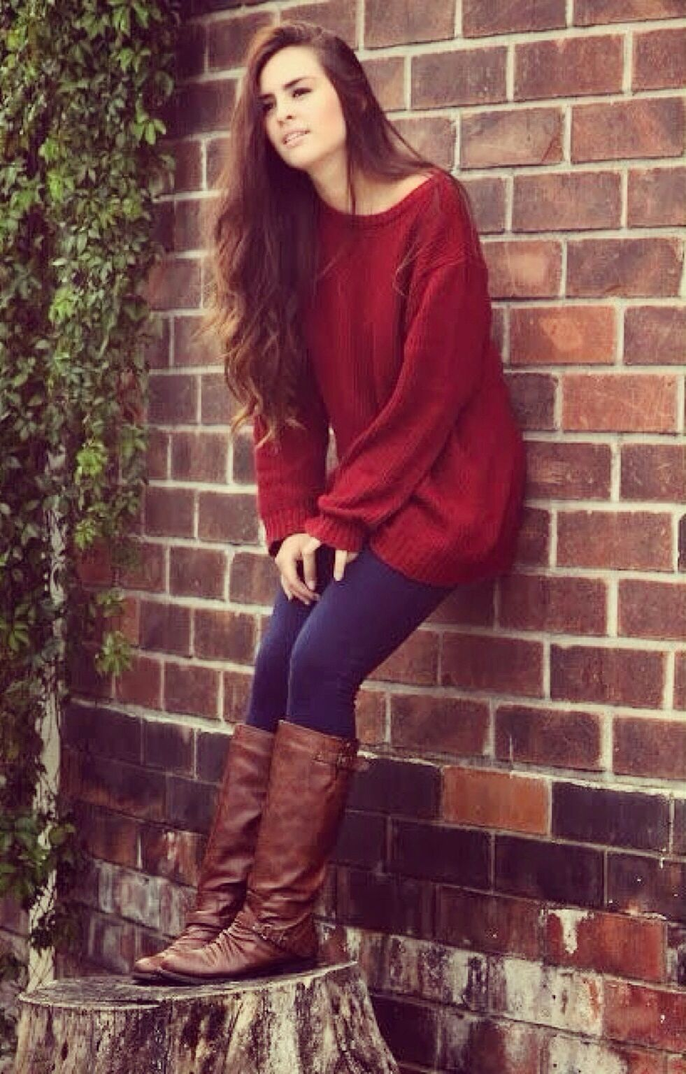 567bdfbdd95 oversized red sweater + navy leggings + riding boots.
