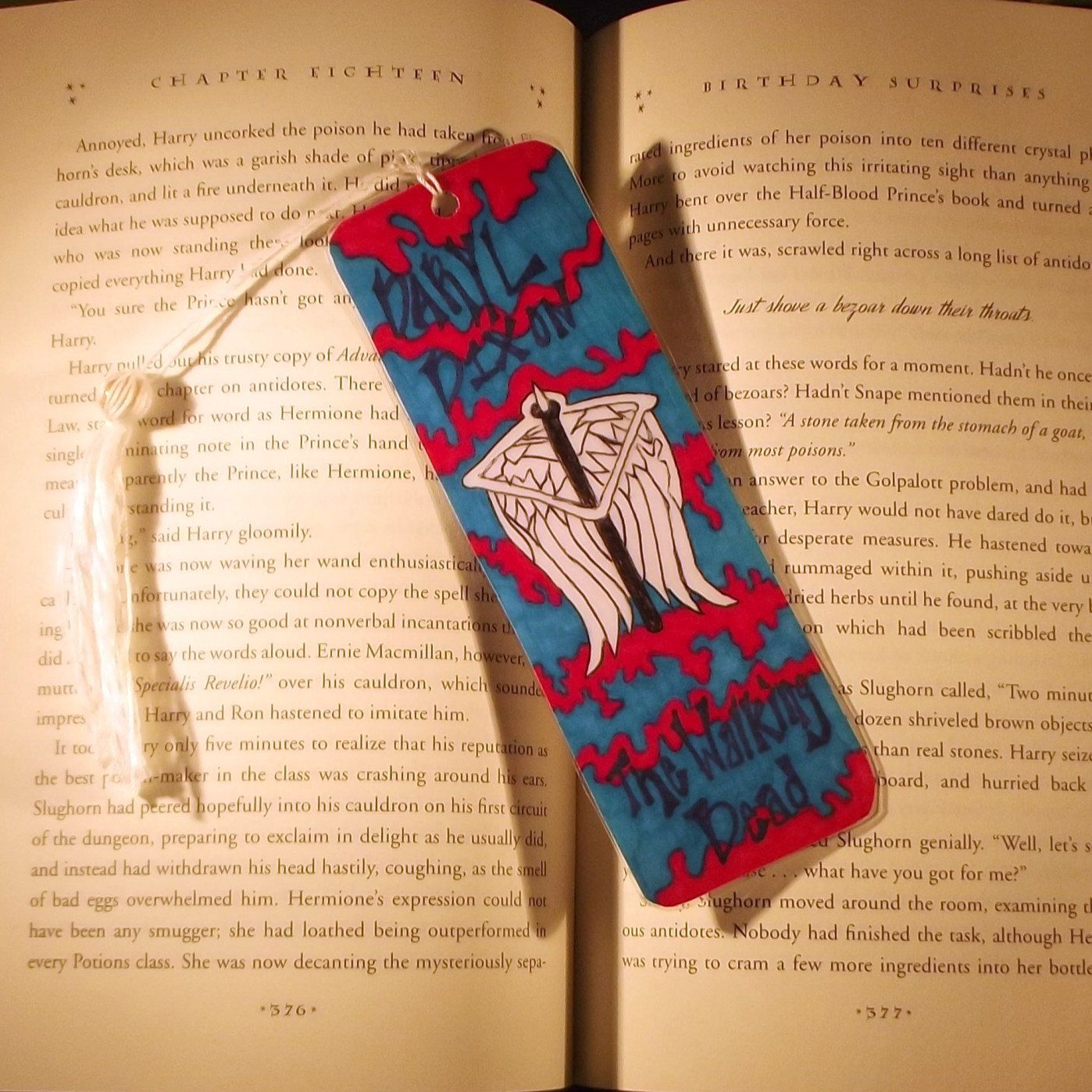 Daryl Dixon Angel Wing Bookmark, The Walking Dead Bookmark,The ...