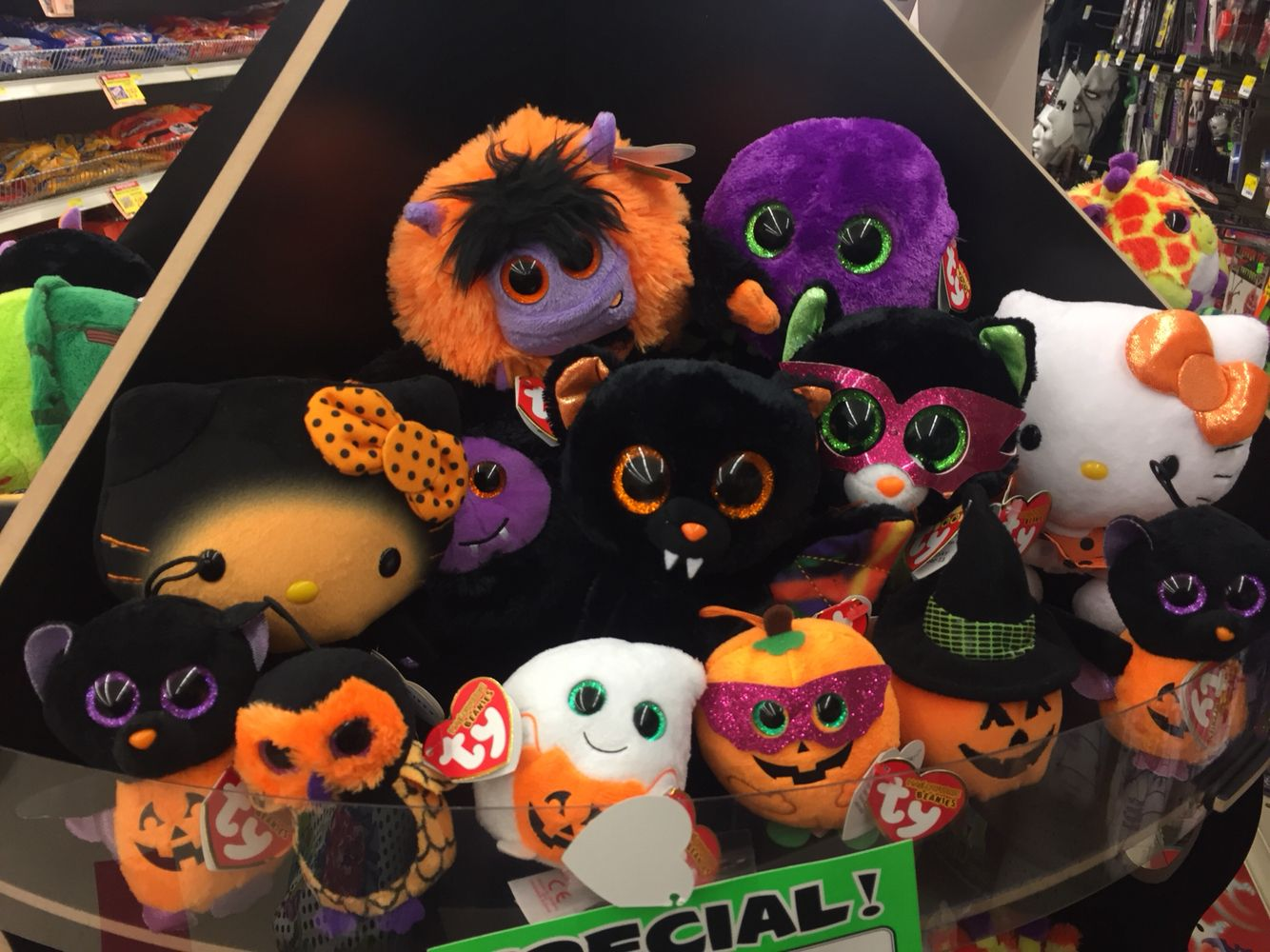 TY Halloweenie Beanies!! So cute (With images) Halloween