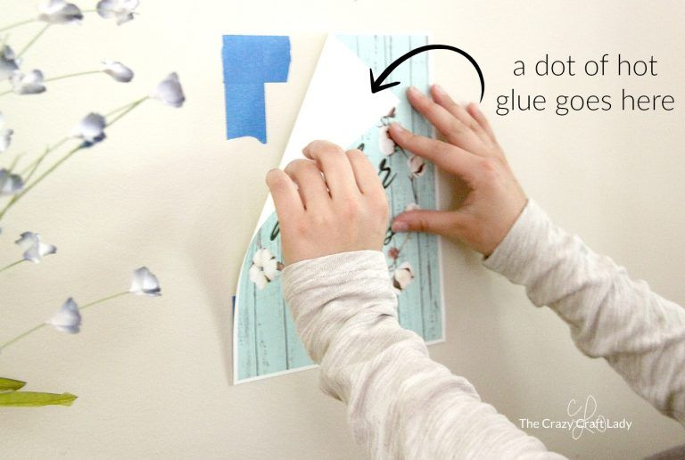 How To Hang A Poster Damage Free Hot Glue Hack Easy Diys