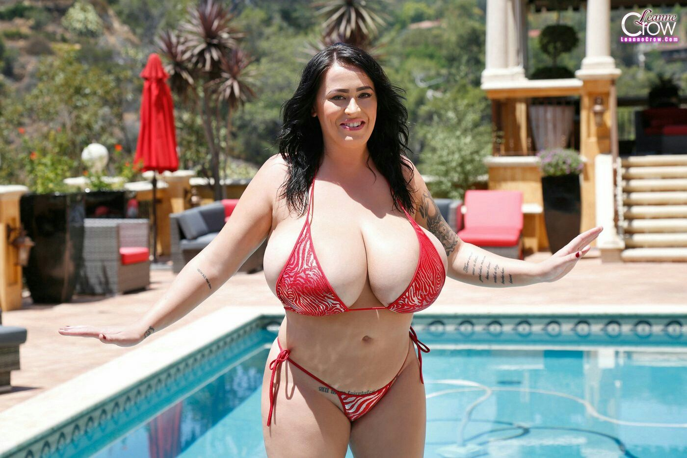 Sarah hyland modern family fake nude