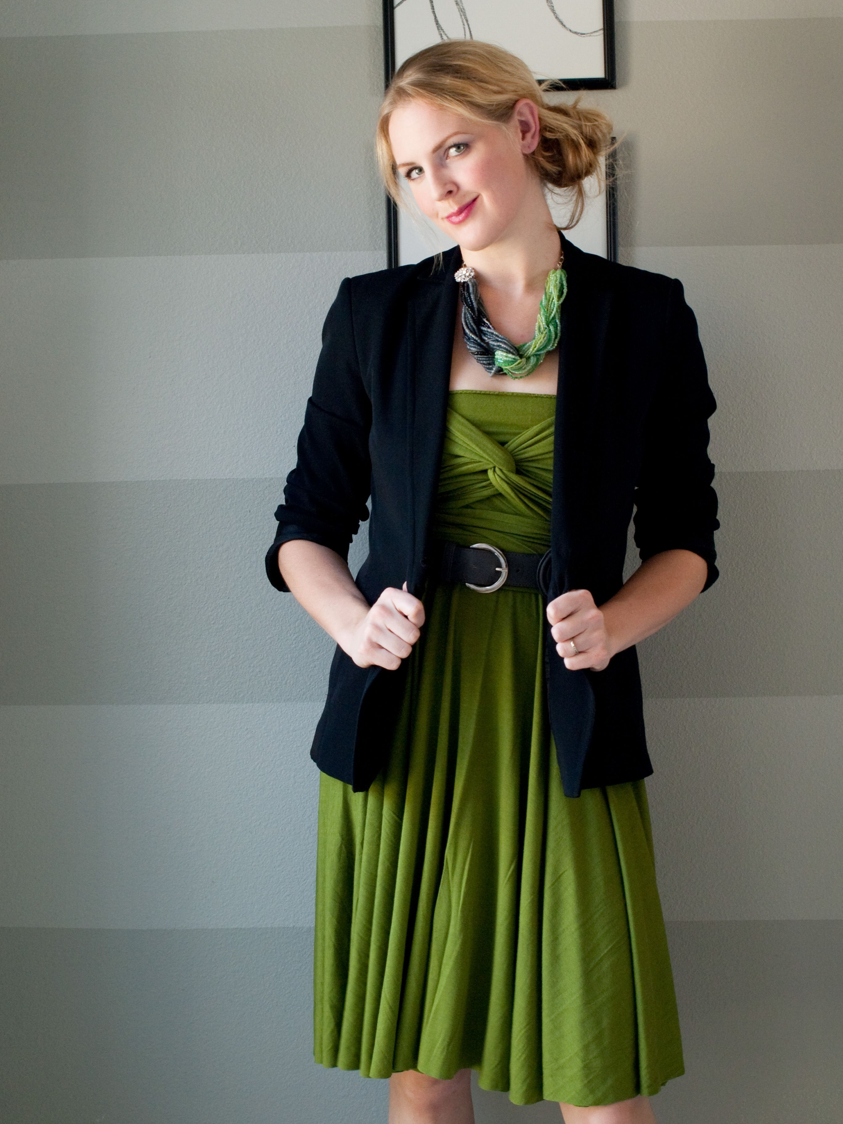 Infinity Dress. Make with same color fabric from BYU Lu'au!   http://seecatecreate.com/the-infinity-wrap-dress-this-will-blow-your-mind/#