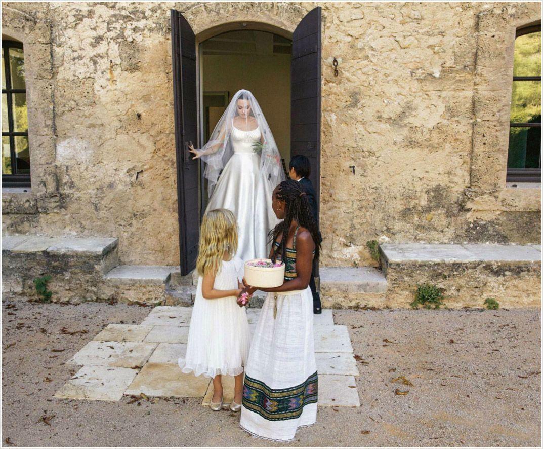 Angelina Jolie Casamento Com Brad Pit With Images Angelina