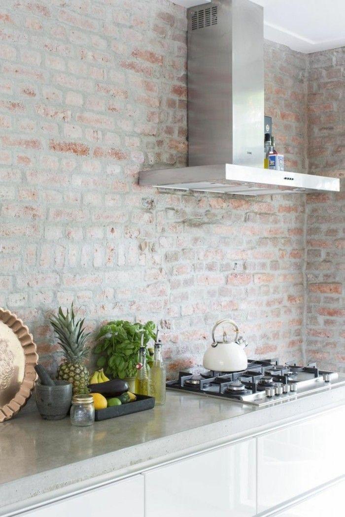 Ziegelwand 55 Ideen Wie Sie Die Moderne Kuche Aufwerten Ziegelwande Tapete Kuche Moderne Weisse Kuchen