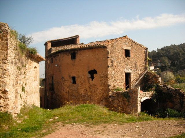 Houses in Spain | House for Sale in Saus Town, Alt Emporda Girona. Costa Brava. Spain.