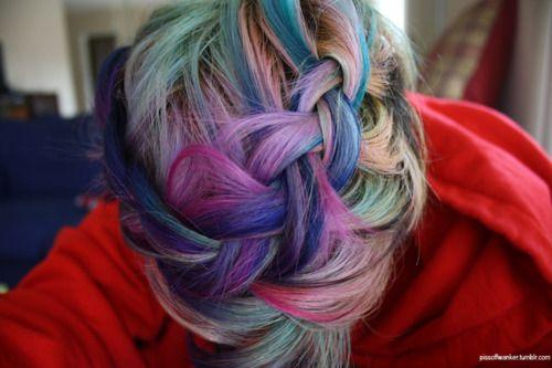Multi-colored hair.