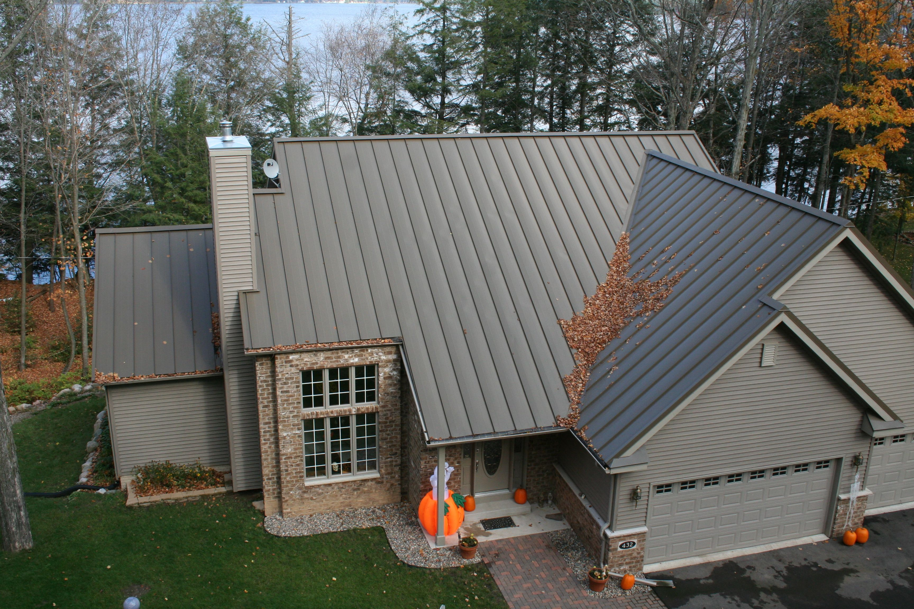 Best Standing Seam Metal Roof In Slate Gray Metal Provided By 400 x 300