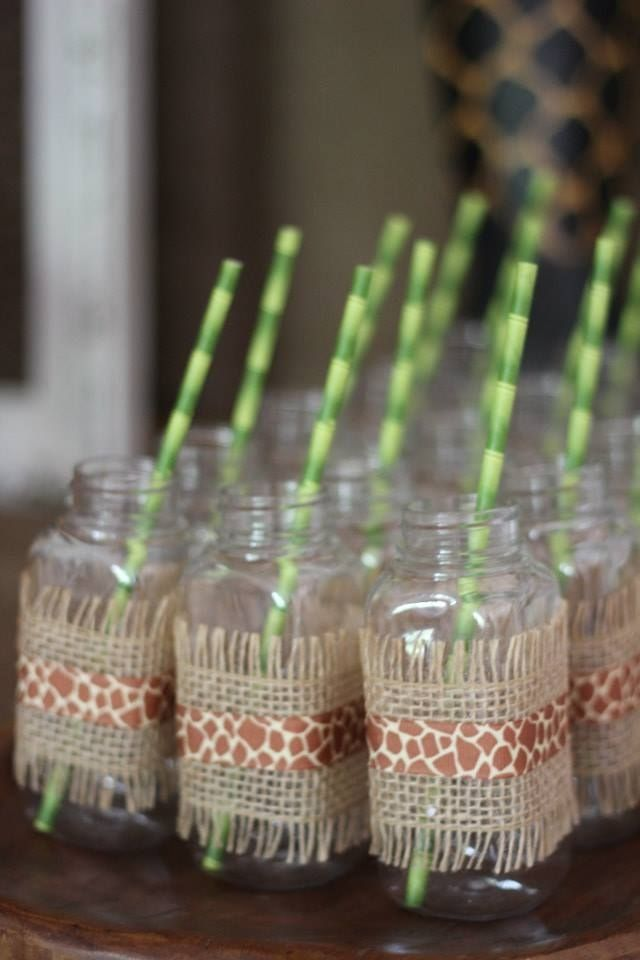 Jungle themed party supplies for a safari party www for Baby shower party junge
