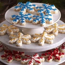 How to make Snowflake Shortbread Cookies.