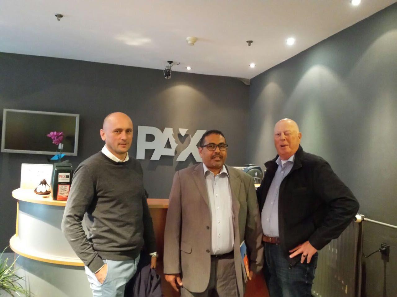 اسامة سعيد يلتقي ممثلي pax الهولندية