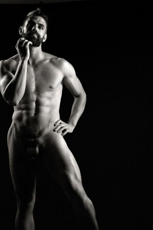 Negro standing nude — photo 6