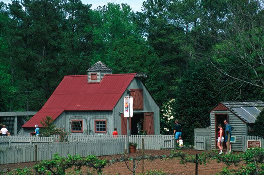 I Love This Little House At Mr Cason S Vegetable Garden At