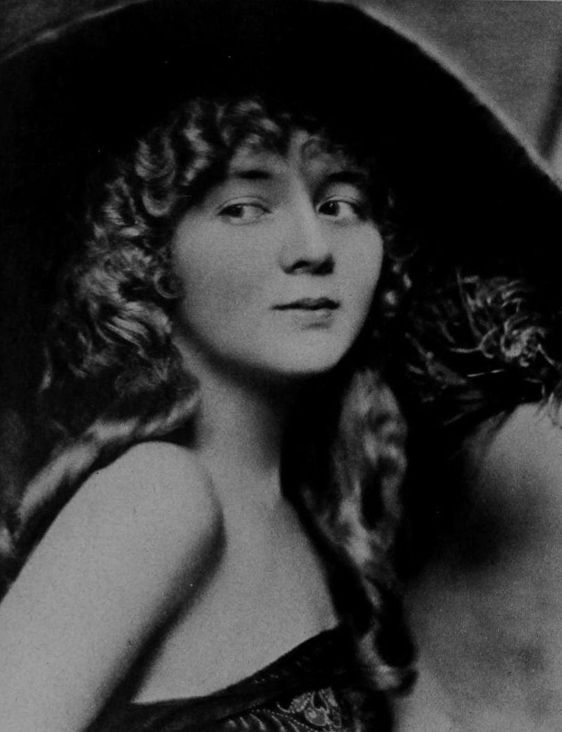 Gladys Leslie