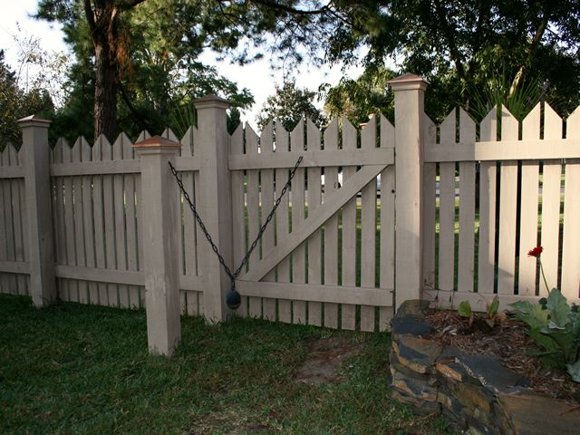 Greenville, NC Fence Company Residential Fencing in Washington NC