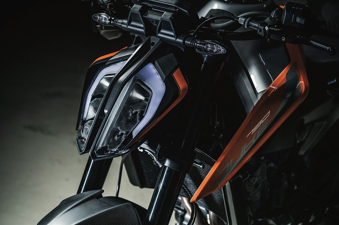 Mi Piace 565 Commenti 2 Drive Motorcycle Su Instagram Follow Us If You Want The Best Motorcycles Features Daily Ktm Ktm Duke Futuristic Motorcycle