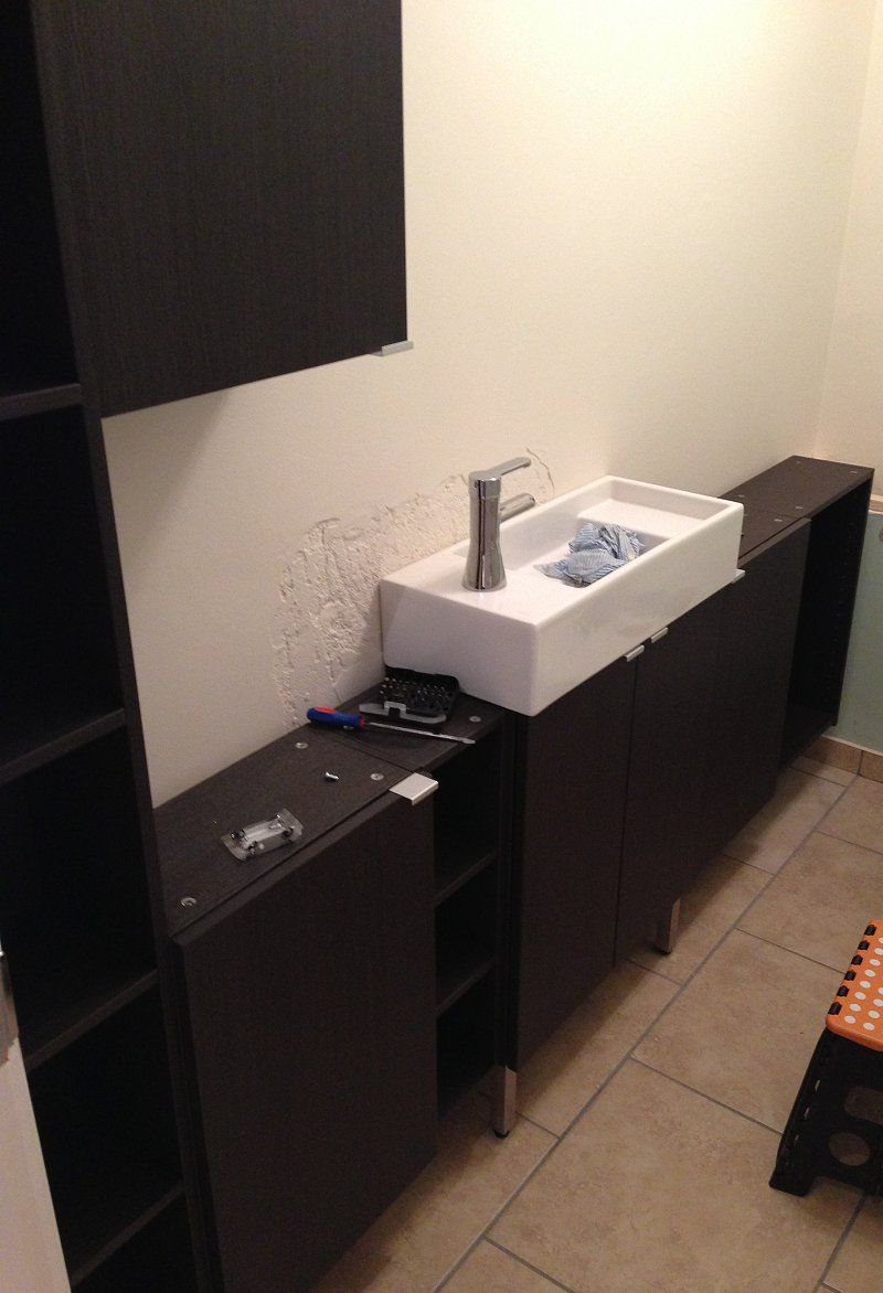 Attractive Narrow Sinks for Small Bathroom Using