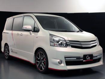 Toyota Noah G Sports Concept 2010