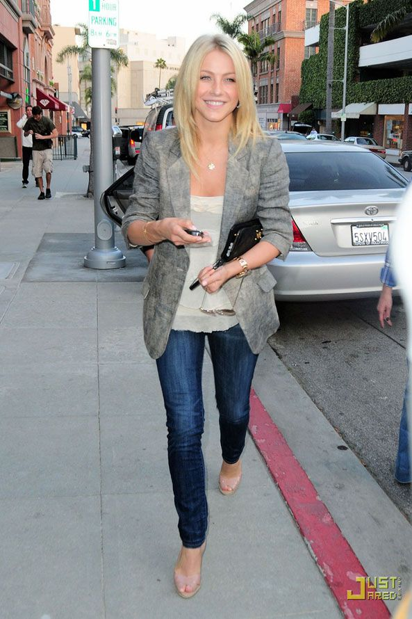 Julianne Hough Jeans And And A Gray Blazer Denim Fashion