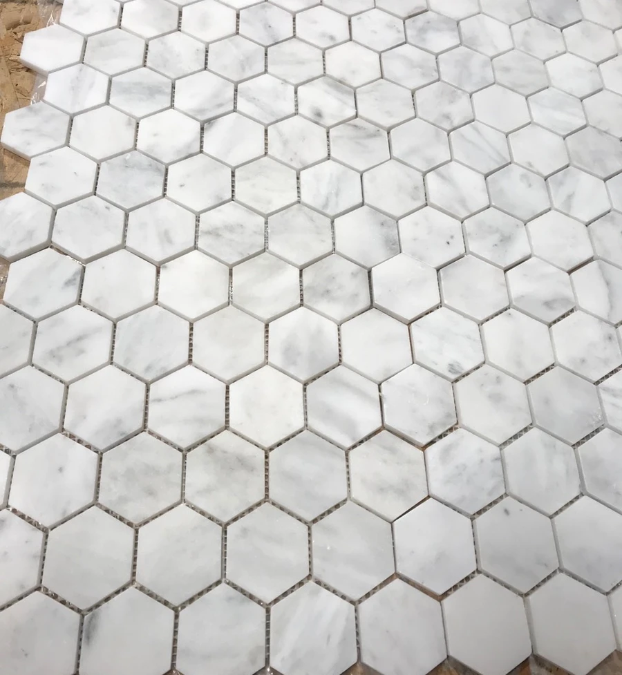 White Carrara Marble Tile 2 Inch Hexagon Mosaic Marble From Italy In 2020 Hexagon Mosaic Tile Hexagonal Mosaic White Carrara Marble Tile