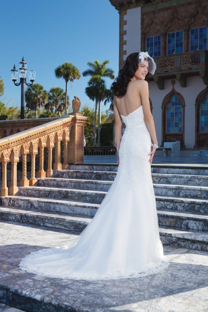Spotlight On Sincerity Bridal Wedding dresses brisbane