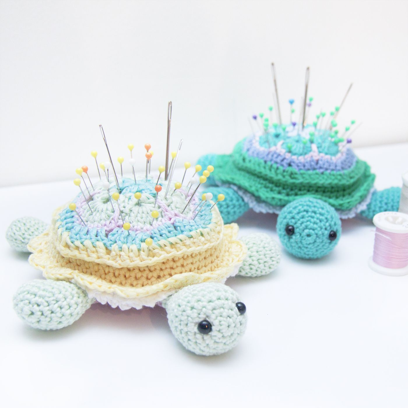 Crochet African Flower pincushion free pattern - Tina Turtle ...