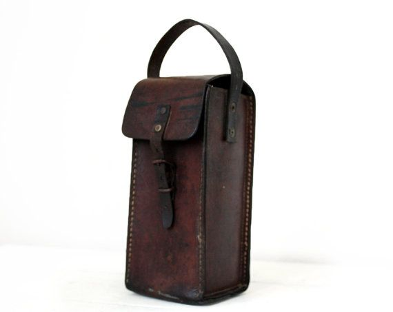 Vintage French real LEATHER CARTOUCHIERE pouch BAG por RueDesLouves