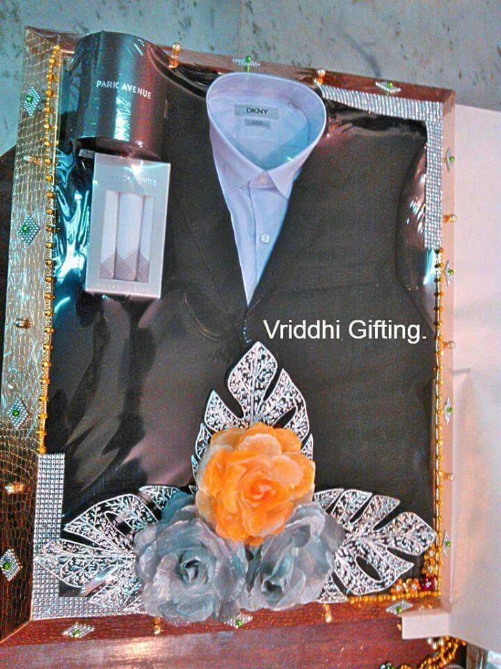 Indian Wedding Trousseau Gift Packing. Wedding gift