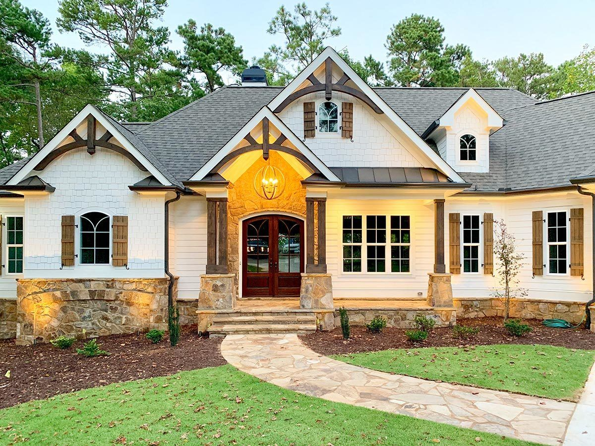 One-Story Country Craftsman House Plan with Screen