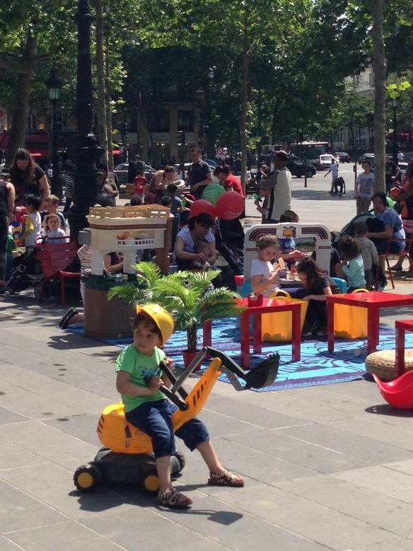 Bring your kids to play at Republique! Tons of toys and games, and tons of other kids! Metro Republique. Paris, France
