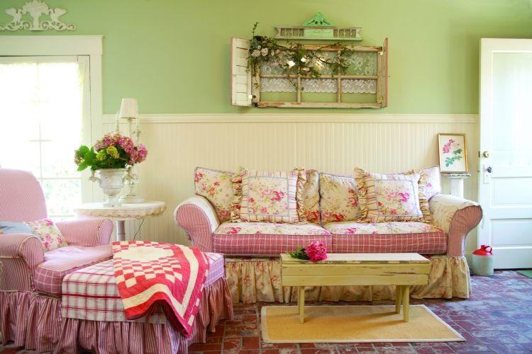 Lieblich Alte Fenster Dekoration Wohnzimmer Couch Vintage Retro Landhausstil  Wandfarbe Gruen