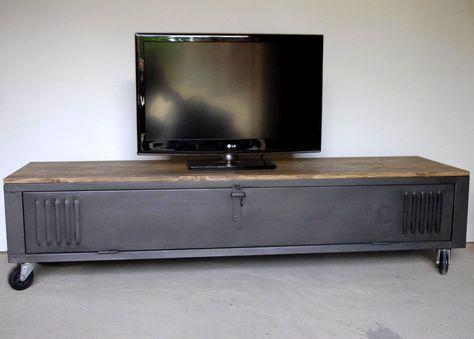 Vestiaire Transforme En Meuble Tv Industriel Metal Et Bois Ref Detroit Meuble Tv Industriel Mobilier De Salon Meuble Metal