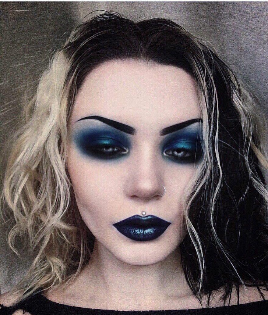 Image may contain 1 person, closeup Goth eye makeup