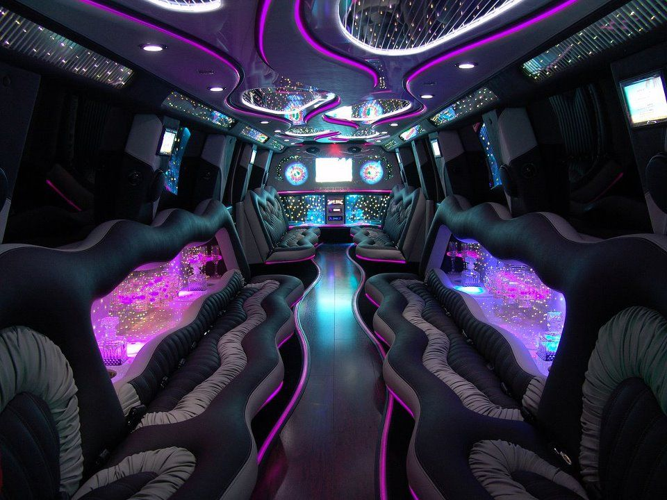 Inside a Vegas Limo Nice! Party bus, Limousine car