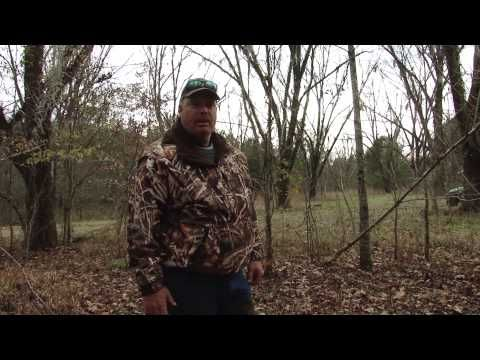 Trapping Tv Episode 1 Catching Coyotes With Flat Sets And Dirt Hole